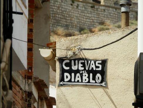 alcala-del-jucar-cuevas-del-diablo-000